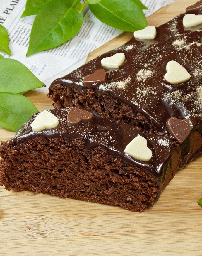 Pełnoziarniste ciasto czekoladowe na białkach