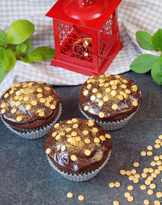 Muffiny piernikowe z powidłami śliwkowymi