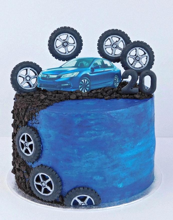 Tort urodzinowy Honda